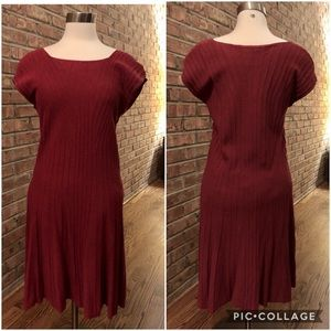 Max Studio Fit and flare,cap-sleeve sweater dress